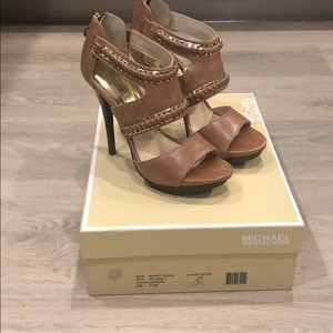 MICHAEL Michael Kors Barnett Glazed Leather Sandal